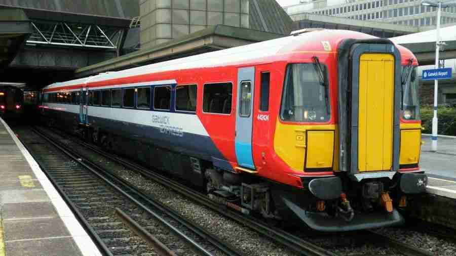 Tren a Gatwick